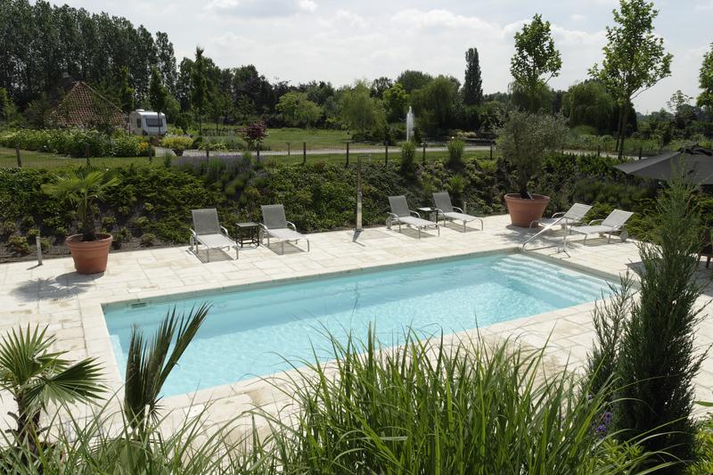 Impressionen von Indoor und Outdoor Schwimmbädern