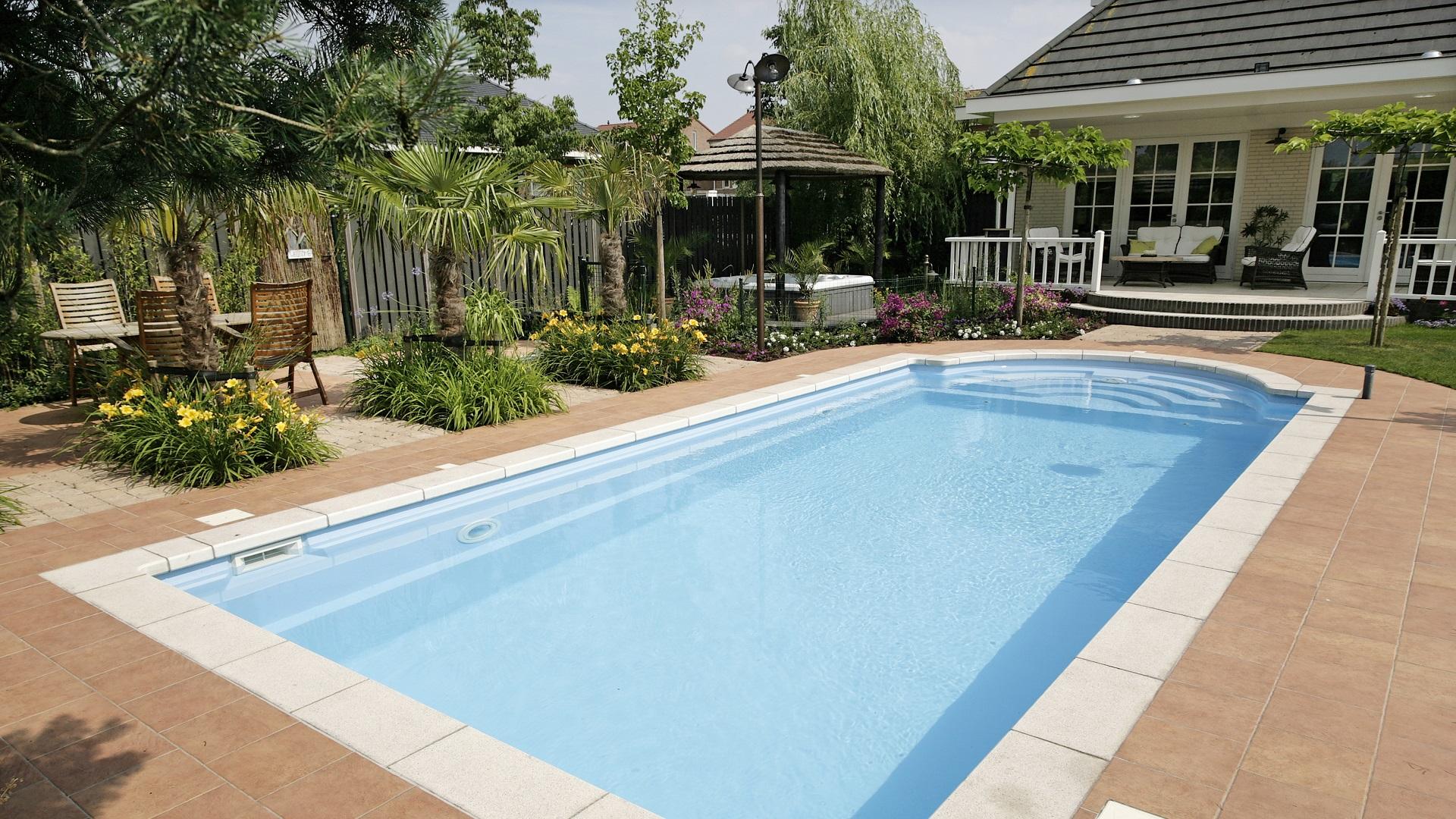 Swimmingpool #1