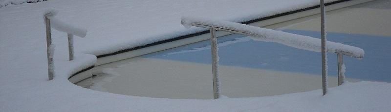tipps wie sie ihren pool richtig winterfest machen. Black Bedroom Furniture Sets. Home Design Ideas